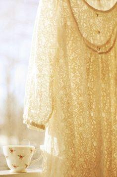 quenalbertini: Milk and honey Yellow Cottage, Rose Cottage, Honeysuckle Cottage, Cottage House, Pantone 2020, Shabby Chic, Milk And Honey, Shades Of Yellow, 50 Shades