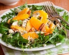 Salade à l'orange, au roquefort et aux noix (facile, rapide) - Une recette CuisineAZ