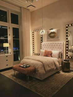 Small room bedroom - 59 the biggest myth about simple bedroom ideas for small rooms apartments layout exposed 28 Girl Bedroom Designs, Room Ideas Bedroom, Small Room Bedroom, Home Bedroom, Bedroom Inspo, Girls Bedroom, Bedroom Inspiration, Teen Bedroom Layout, Bedroom Decor Glam