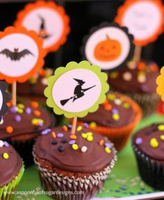 Halloween Cupcakes - A Spoonful of Sugar