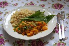 Dýňové zelí s bulgurem - Powered by Tempeh, Grains, Rice, Meat, Chicken, Recipes, Food, Bulgur, Eten