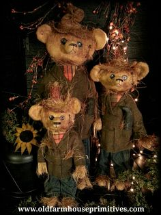 #TTFB1 Primitive Tattered & Torn Scarecrow Bears (Made In USA)
