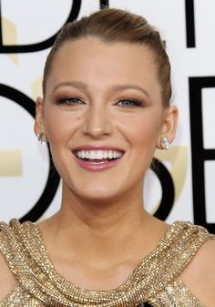The Under-£10 Drugstore Lip Gloss You'll Find in Blake Lively's Clutch - http://www.popularaz.com/the-under-10-drugstore-lip-gloss-youll-find-in-blake-livelys-clutch/