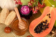 How To Lighten Skin - Papaya And Honey Pack