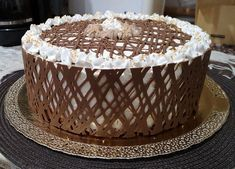 Oroszkrém torta, a legfinomabb krémes csoda! Hungarian Recipes, Hungarian Food, Tiramisu, Cake Recipes, Strawberry, Food And Drink, Nutella, Ethnic Recipes, Foods