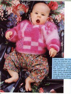 """100 idées N° 136 - février 1985 - Encart """"tout commence par un bébé"""" - Réalisation Catherine de Chabaneix -  Photos Gilles de Chabaneix - Pull en mohair, jacquard et torsades, rebrodé de points noués bleus - Ouvrage Catherine Leclec'h. Tricot Baby, French Magazine, Knitting For Kids, Cool Kids, Knitting Patterns, Fun, Loom Knit, Children, Embroidery"""