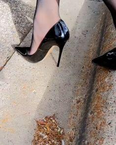 Sexy Legs And Heels, Hot Heels, High Heels Stilettos, Black Heels, Stiletto Heels, Cute High Heels, Beautiful High Heels, Pantyhose Heels, Stockings Heels