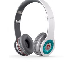 Hey, I found this really awesome Etsy listing at http://www.etsy.com/listing/150568434/beats-solo-sparkling-turquoise-headphone