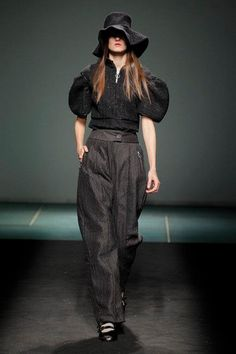 the model wearing OG shoes new model at the Alexis Reyna fashion show, 080 Barcelona fashion week —