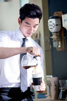 Coffee Prince part 2, anyone?