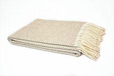 color 02  #purewool #blankets #throws #conceptdesign #traditionaldesign #Burel #plaids #mantas #cozy #warm #homedecorating