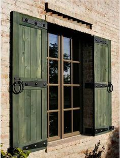 Make sure size of shutters are to cover Windows.Shutters that are tacked on the the siding without regard to the size of the window and without shutter hardware detract from an historic home. Use beautiful real shutter hardware to mount your shutters! Window Shutters Exterior, Outdoor Shutters, Rustic Shutters, Green Shutters, Pallet Shutters, Country Shutters, Metal Shutters, Outside Window Shutters, Rustic Windows