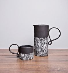Made By Hand Online - Linear Mug with Swirl Detail Handle