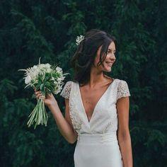 The perfect wedding peinados de boda Boho Wedding, Wedding Gowns, Dream Wedding, French Wedding Dress, Hair Wedding, Wedding Blog, Crepe Wedding Dress, 1920s Wedding, Sikh Wedding
