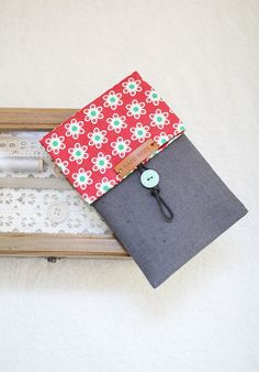 love the closure too - - - Double Pencil Case Coin Pouch Purse. Step-by-Step DIY Tutorial with Photos.