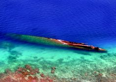 Wreck of German cruiser Prinz Eugen, off Kwajalein Atoll, Marshall Islands Abandoned Ships, Abandoned Buildings, Abandoned Places, City Buildings, Heavy Cruiser, Ghost Ship, Marshall Islands, Shipwreck, Water Photography