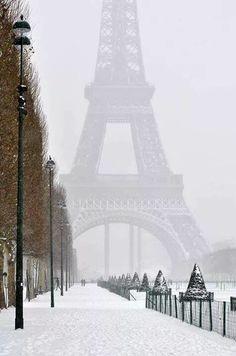 Winter in Paris: Eiffel Tower #onefinestay