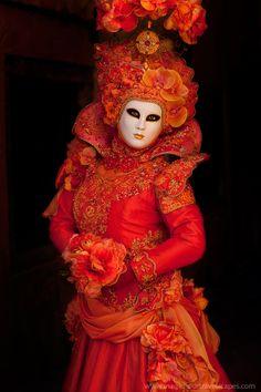Sophie in Golden Light Venice Carnevale 2013