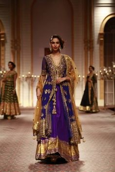 This post shows how to easily reuse your South Asian wedding outfit or lehenga for another occasion.