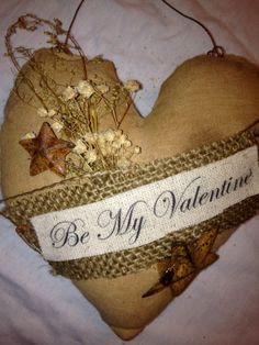 Primitive Valentine Heart Ornie/shelf by BelsnicklesBarnPrims, $7.00