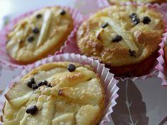 Un buongiorno soffice e dolcissimo con questa colazione speciale: #muffin #senzaglutine e #senzalattosio alle #mele con #goccedicioccolato <3 #lamiaricettasunutrichef #PortaInTavolaMagia Grazie a Monica's Kitchen :)