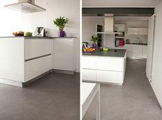 sol du béton ciré pour la cuisine moderne