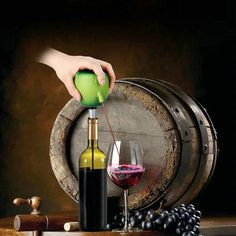 Green Apple TOKUYI Electric Wine Decanter Aerating Stainless Wine Aerator Pourer
