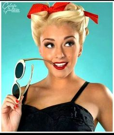 Retro pinup. I want to re-create this image!