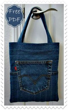 You're going to love The Quilted Jeans Tote by designer Barbara Weiland.Re-use and recycle to create this casual and fun denim tote bag with a free pdf pattern from Jo-Lydia's Attic Designs.Quilted Jeans Tote - something similar could work as a hang Denim Tote Bags, Denim Purse, Jean Crafts, Denim Crafts, Lv Bags, Purses And Bags, Jean Purses, Moda Mania, Diy Sac