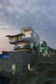 Lefevre Beach House by Longhi Architects Punta Misterio, Peru