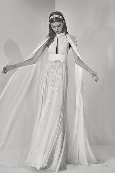 Elie Saab dévoile ses nouvelles robes de mariée oniriques | Le Figaro Madame
