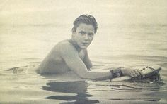 one of my favorite River Phoenix pictures