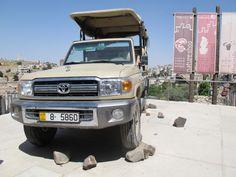Das ist einer von zwei Jeeps für die erste Safari in Jordanien. Foto: Doris Jeeps, Safari, Photos, Jeep