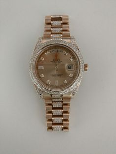The Luxury ROLEX Wristwatches out of the Exceptional Pieces with Real Diamonds in Rose Gold
