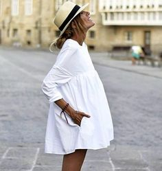 Trendy, cute and comfy vacation outfit. Trendy, cute and comfy vacation outfit. Trendy, cute and com Outfits With Hats, Dress Outfits, Fashion Outfits, Womens Fashion, White Dress Outfit, Fashionable Outfits, White Outfits, Fashion Clothes, Sneakers Fashion