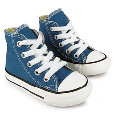 790353bd741d New from Converse these Infants All Star Hi trainers feature a canvas upper  with the classic