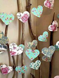 banderines de papel, corazon, guirnaldas