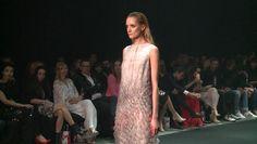 Wyjątkowo wysoki poziom 7. edycji Fashion Designer Awards       Zobacz cały artykuł na naszej stronie: http://fashionmedia.pl/2015/05/13/wyjatkowo-wysoki-poziom-7-edycji-fashion-designer-awards/  Kategorie: #Wydarzenia Tagi: #AleksandraJendryka, #DastinPoraziński, #LidiaKalita, #WyjątkowoWysokiPoziom7EdycjiFashionDesignerAwards