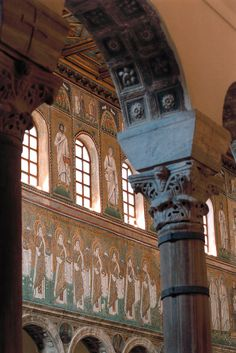 Basilica of Sant'Apollinare Nuovo - Detail of the Capitals and the Mosaic of the Virgins [ #Ravenna #myRavenna]