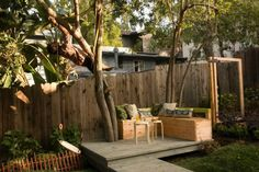 clôture de jardin en bois et idée de brise vue pour terrasse