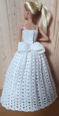Crochet Heklanje: Kvadratni motiv sa ananasima za salvete i stolnjake - Moj rad 136 Crochet Doll Dress, Crochet Barbie Clothes, Doll Clothes Barbie, Barbie Dress, Barbie Doll, Barbie Knitting Patterns, Barbie Clothes Patterns, Clothing Patterns, Crochet Patterns