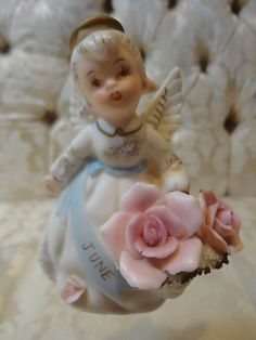 Lefton June' Birthday Angel figurine w/Basket of Roses #3332