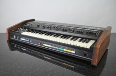 Roland // Jupiter-4 // Synthesizer Keyboard