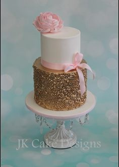 Gold sequins cake