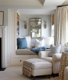 Likes: cozy! Inviting, relaxing. Mix of fabrics.    Dislikes: lacking in personal touches, of course...