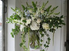 Large Arrangement for Wedding Ceremony   Recent Photos The Commons Getty Collection Galleries World Map App ...