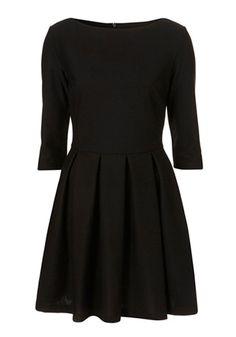 Black Pleated Seven's Sleeve Skinny Cotton Blend Dress