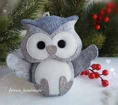 Felt Christmas Decorations, Felt Christmas Ornaments, Handmade Christmas, Christmas Crafts, Felt Owl Pattern, Felt Patterns Free, Felt Owls, Felt Birds, Fabric Animals