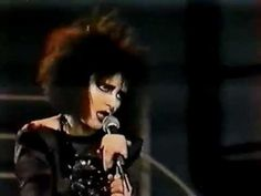 Siouxsie & The Banshees: Candyman, 1987.