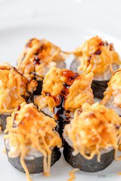 Shrimp Sushi Rolls, Best Sushi Rolls, Homemade Sushi Rolls, Sushi Roll Recipes, Cooked Sushi Recipes, Cooked Sushi Rolls, Crab Sushi Roll, Sushi Tempura, Volcano Roll Sushi